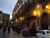 Palermo v noci