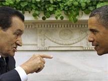 Husní Mubarak v Oválné pracovně Bílého domu s americkým prezidentem Barackem Obamou v září 2010