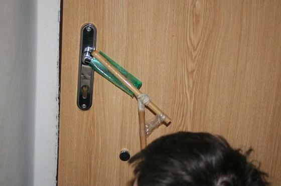 Otvírák dveří v praxi