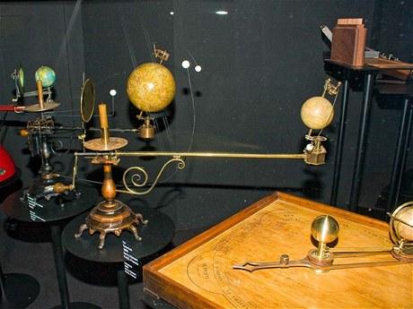 V expozici astronomie nechybí množství názorných modelů.