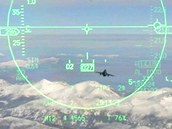 Zam��ovac� pr�hledov� displej americk�ho letounu F-16.