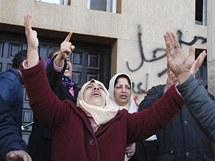 Lidé protestují v Bengází na východě země