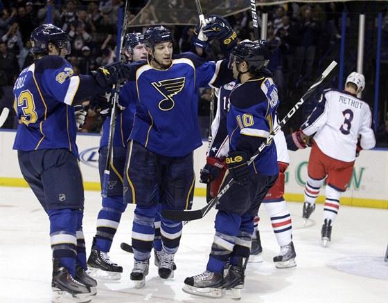 Radost hokejist� St. Louis.