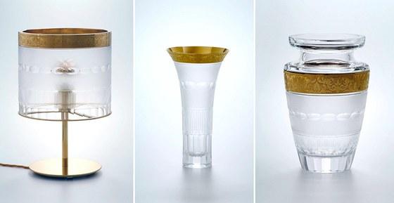 Stovku typů výrobků poprvé doplnila i lampa.