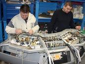 Kabeláž řídicího pultu strojvedoucího