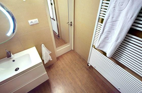 na n v t v ve vysn n koupeln design r v e zvl dl na jedni ku. Black Bedroom Furniture Sets. Home Design Ideas