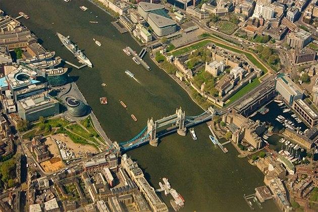 Letecký pohled na Londýn.