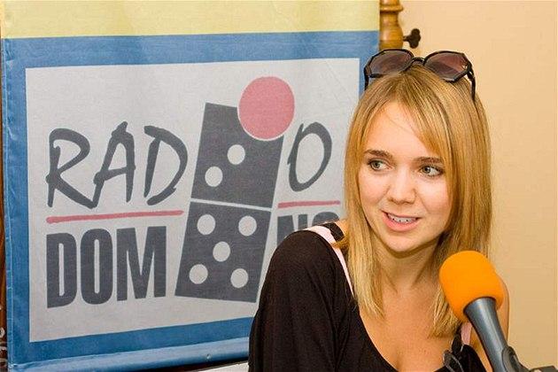 Lucka Vondráčková na návštěvě v Rádiu Domino.