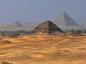 Pyramidov� pole v Ab�s�ru
