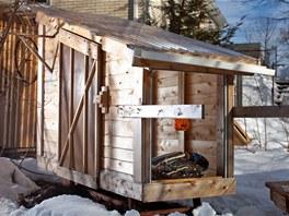 Hickshaw je prvn� domek, kter� Derek Diedricksen postavil. S domkem na kolech se d� velmi snadno manipulovat.