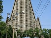 Severní Korea chce hotel v roce 2012 zprovoznit. Vzhled stavby z přelomu 80. a 90. let minulého století.