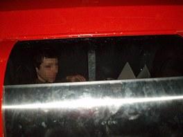 Mladík uvězněný v kontejneru na elektroodpad