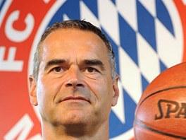 Tren�r basketbalist� Bayernu Dirk Bauermann