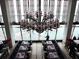 Hotel Ritz-Carlton v Hong Kongu - restaurace