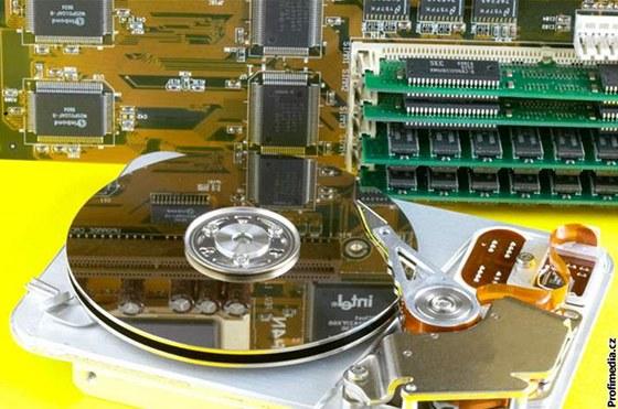 Roustoucí kapacita harddisků je příkladem rychlé aplikace vědeckých objevů