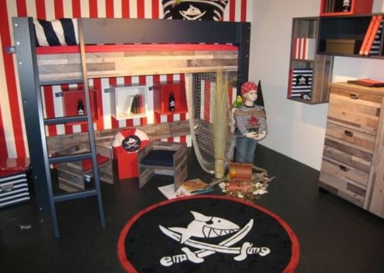 Pirátský pokoj se může poměrně brzy okoukat.