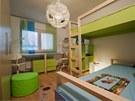 V chlapeckém pokoji převládá zelená a modrá barva.
