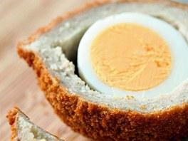 Skotská vejce v mletém mase.