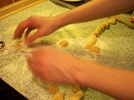 Porcování dýňovo-bramborových noků