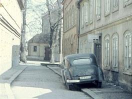 Podoba domu z poloviny minul�ho stolet�, kdy byl v dom� mandl.