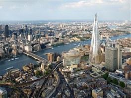 Mrakodrap Shard navrhl italský architekt Renzo Piano, který je známý například jako spoluautor pařížského Centre Pompidou.