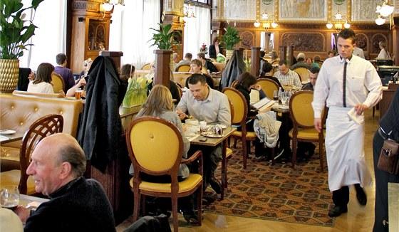 Snídaně v pražské restauraci a kavárně Café Imperial