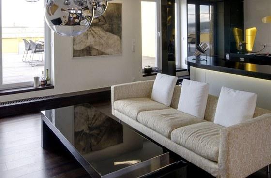 Pohovka firmy Moooi od slavného designéra Marcela Wanderse