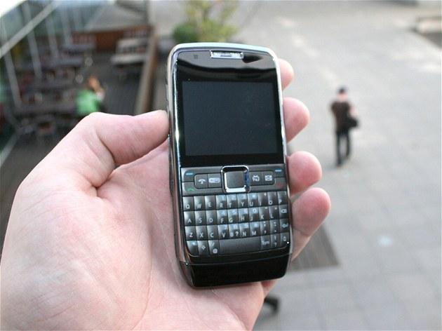 �ínský telefon ZOHO E71D
