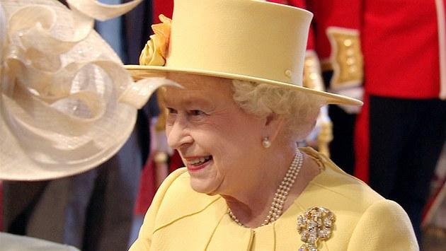 Královna Alžběta II ve Westminsterském opatství. (29. dubna 2011)