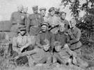 Skupinka sovětských vojáků v Krásném Poli.