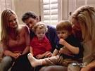 Charlie Sheen se svými syny, jejich chůvou a pornoherečkou Bree Olsenovou