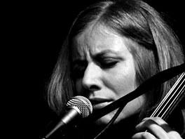 Vertigo (Quintet) - Dorota Barov� � violoncello, zp�v, loopy