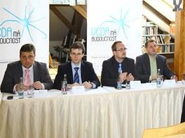 Tisková konference se zástupci ze společností AISIS, Bayer a IBM