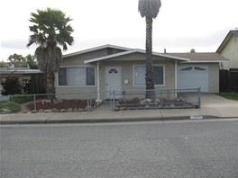 Jeden z přihlášených. Dům Bryana Merrilla v Kalifornii. Měsíčně platí splátku hypotéky 1 327 dolarů, tedy asi 23 tisíc korun.