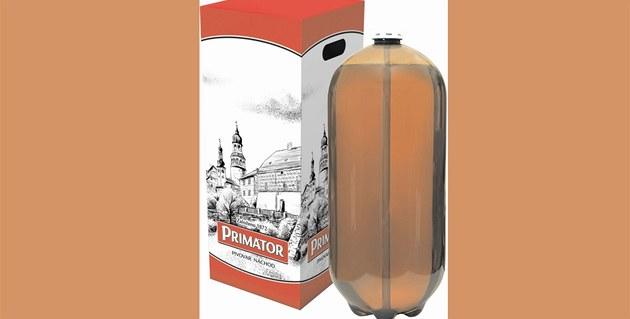 Pivo Primátor ve dvacetilitrovém PET sudu