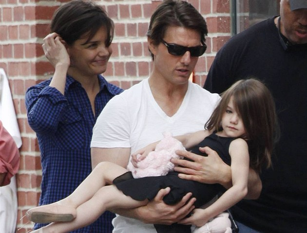 Tom Cruise a Katie Holmesov&#225; s dcerou Suri