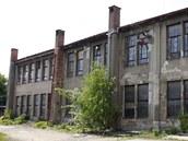 Továrna  bývalé Tesly v Pardubicích (květen 2011)