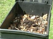 Pracovn� box komposteru v�t�inou zapln�te za 3 a� 5 m�s�c�.