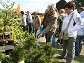 Veletrh Floria ve Věžkách u Kroměříže láká zahradkáře, chovatele, chalupáře i pěstitele na nejrůznější hobby sortiment.