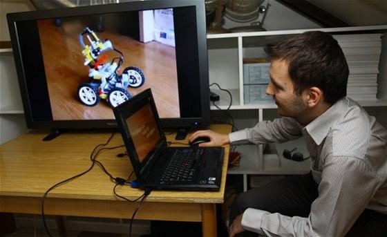 Věda má budoucnost - programování robota sestaveného ze stavebnice Mindstorm