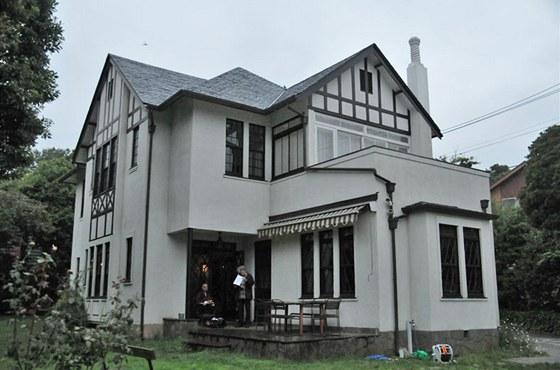 Vila E. V. Bernarda, Jokohama 1937