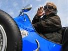 Martin Kindernay ve voze Bugatti při Aviatickém dnu v Kuněticích (14. května 2011)
