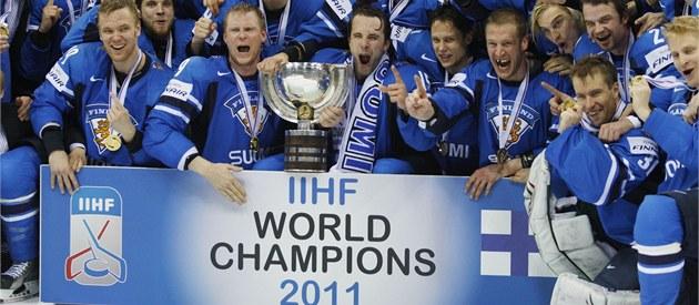 MIST�I. Finové slaví titul hokejových �ampion� pro rok 2011.