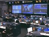 Vesmírné středisko 15 minut po startu raketoplánu Endeavour