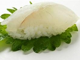 I takto lze servírovat sushi, na lístku perily.