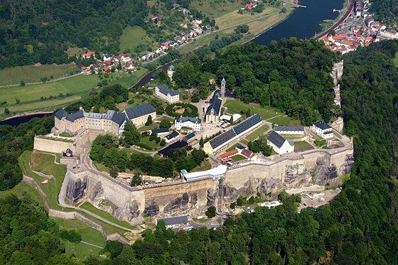 Pevnost Königstein nad údolím Labe