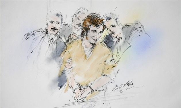 Policisté vyvád�jí Jareda Loughnera ze soudní sín� kv�li jeho nezp�sobilosti (25. kv�tna 2011)