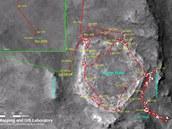 Marťanská odysea Spiritu pohledem z vesmíru. Celkem vozítko urazilo 7730,5 metru