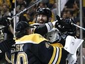 Hokejist� Bostonu Bruins slav� postup do fin�le Stanley Cupu.