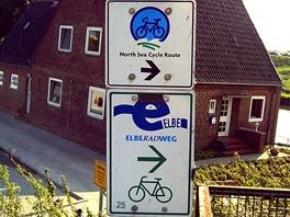 Cykloznačení na Labské cyklostezce